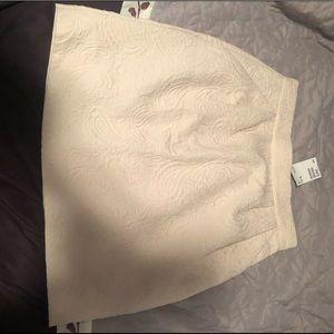 NWT H&M Embossed Look Skirt